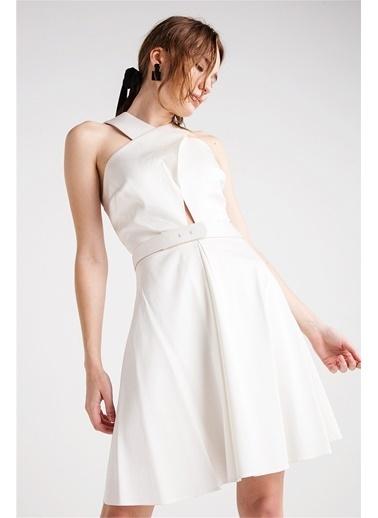 Yakası Çapraz Detaylı Kloş Elbise-Love'n Fashion Paris